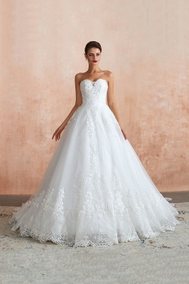 Floor Length Strapless Sweetheart A-line Gorgeous Lace Wedding Dresses_2