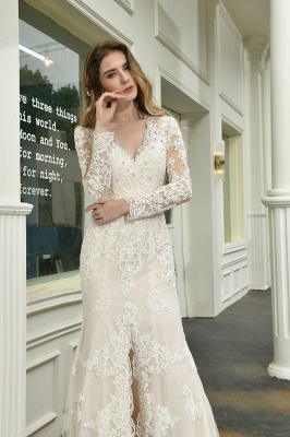 Gorgeous V-Neck Long Sleeves Form-Fitting Wedding Dress With Slit_11