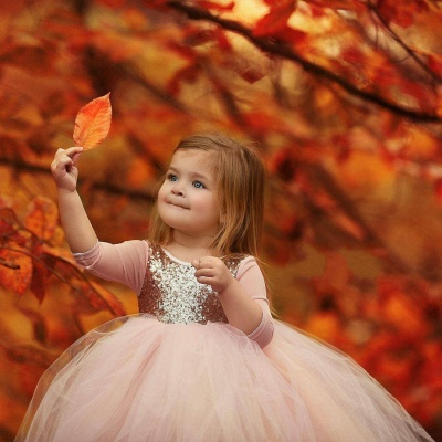 Cute Jewel Long Sleeves Sequined Puffy Tulle Flower Girl Dresses_4