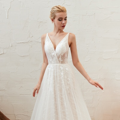 Gorgeous Spaghetti Straps Sweep Train V-neck Lace-Up Lace Wedding Dresses_14