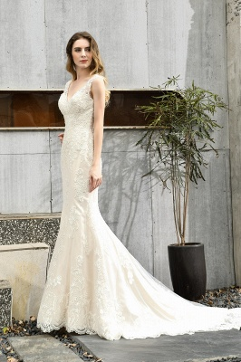 Glamorous Floor Length Open Back Mermaid Lace Wedding Dresses_6