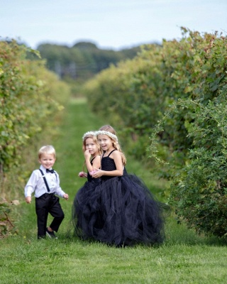 Spaghetti Straps Ball Gown Floor Length Tulle Flower Girl Dresses_2