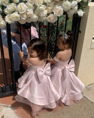 Lovely Off the Shoulder Floor Length Tiered Flower Girl Dresses with Bowknot_2