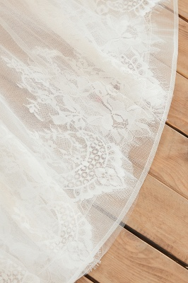 Gorgeous V-neck Straps A-line Floor Length Lace Tulle Wedding Dresses_12