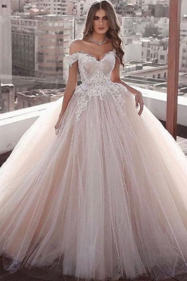 Glamorous Off the Shoulder Floor Length Ball Gown Lace Tulle Wedding Dresses_1