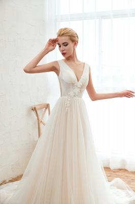 Gorgeous V-neck Straps A-line Floor Length Lace Tulle Wedding Dresses_9