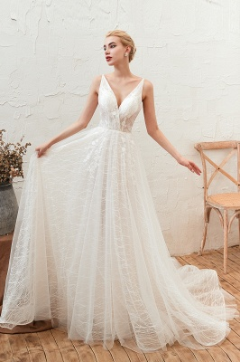 Gorgeous Spaghetti Straps Sweep Train V-neck Lace-Up Lace Wedding Dresses_7