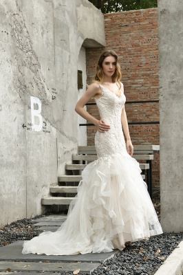 Gorgeous Floor Length Tulle Appliques Mermaid Wedding Dress_10