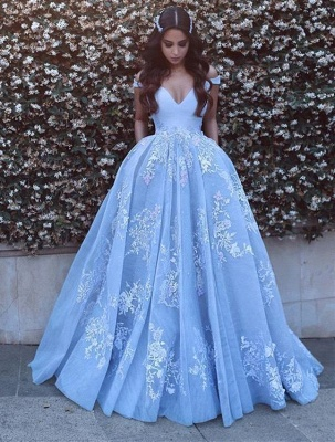 Romantic Ball Gown Prom Dresses Off-the-Shoulder Baby Blue Lace Appliques Evening Gowns_1
