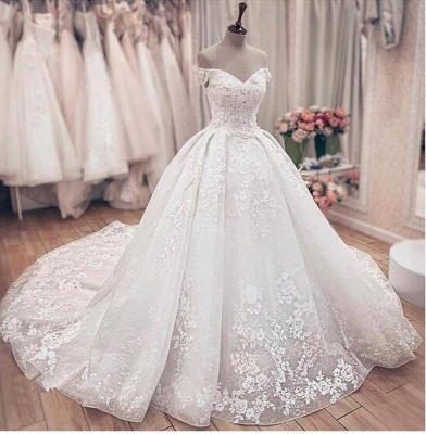 Off the Shoulder Lace Ball Gown Wedding Dresses with Lace-up Back_4