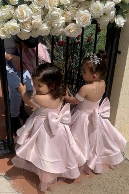 Lovely Off the Shoulder Floor Length Tiered Flower Girl Dresses with Bowknot_1