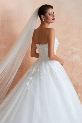 Floor Length Strapless Sweetheart A-line Gorgeous Lace Wedding Dresses_6