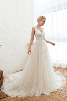 Gorgeous V-neck Straps A-line Floor Length Lace Tulle Wedding Dresses_6