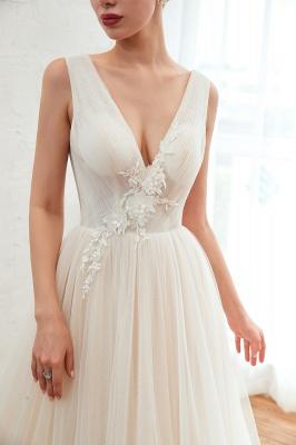 Gorgeous V-neck Straps A-line Floor Length Lace Tulle Wedding Dresses_10