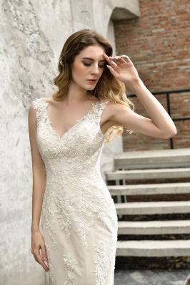 Glamorous Floor Length Open Back Mermaid Lace Wedding Dresses_5