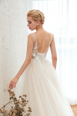 Gorgeous V-neck Straps A-line Floor Length Lace Tulle Wedding Dresses_7