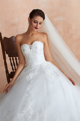 Floor Length Strapless Sweetheart A-line Gorgeous Lace Wedding Dresses_4