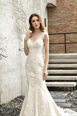 Glamorous Floor Length Open Back Mermaid Lace Wedding Dresses_11