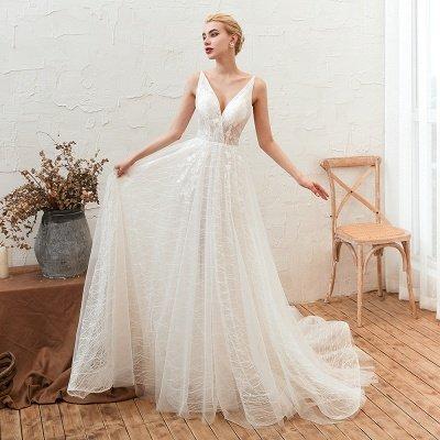 Gorgeous Spaghetti Straps Sweep Train V-neck Lace-Up Lace Wedding Dresses_3