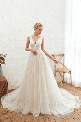 Gorgeous V-neck Straps A-line Floor Length Lace Tulle Wedding Dresses_4