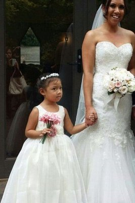 Simple Jewel Sleeveless Floor Length Lace Tulle Flower Girl Dresses