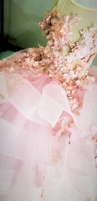 Jewel Short Sleeves Tiered Tulle Flower Girl Dresses with Handmade Flowers_5