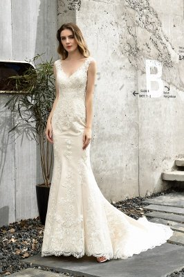 Glamorous Floor Length Open Back Mermaid Lace Wedding Dresses_7