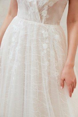 Gorgeous Spaghetti Straps Sweep Train V-neck Lace-Up Lace Wedding Dresses_15