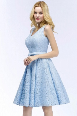Lovely A-line Lace Knee-Length Homecoming Dress On Sale_11