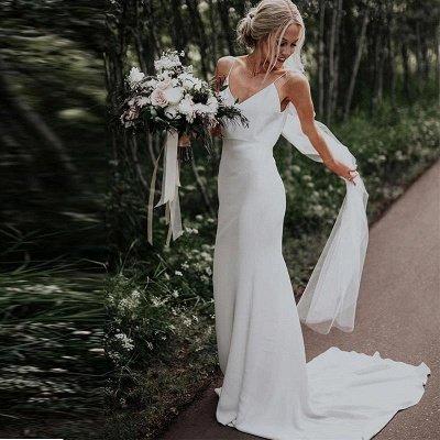 Sexy Spaghetti Strap V Neck Beach Sheath Wedding Dresses With Sweep Train_2