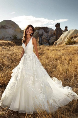 Sexy Deep-V-Neck Tulle Lace Sleeveless Long Wedding Dress