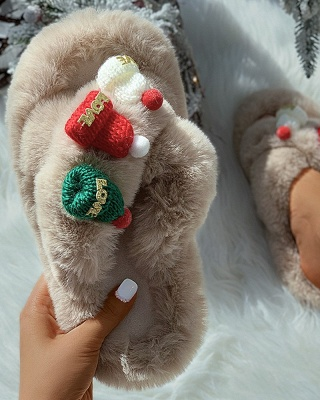 Christmas Pattern Cross Fluffy Slippers_11
