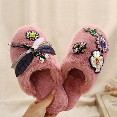 Floral Pattern Rhinestone Fluffy Slippers_1