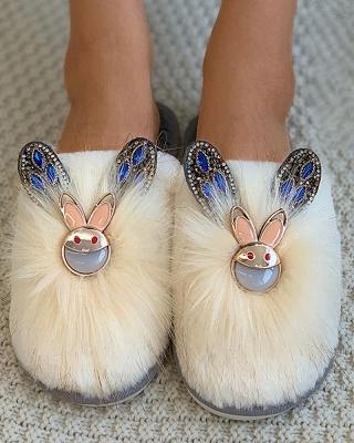 Rabbit Pattern Studded Fluffy Slippers_8