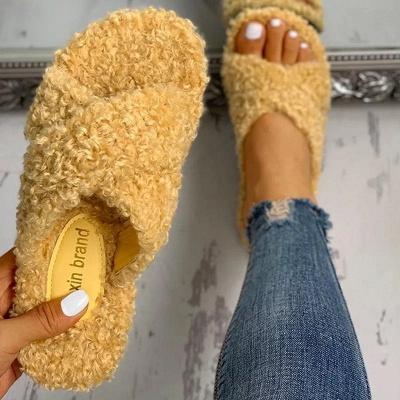 Solid Fluffy Crisscross Design Flat Sandals_3