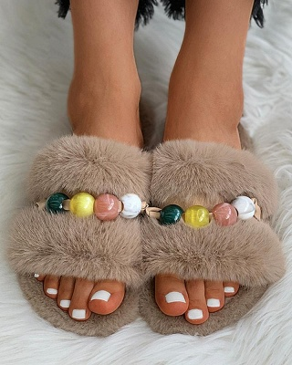 Colorblock Beaded Fluffy Slippers_18