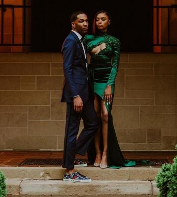 Sexy Dark Green Appliques Side Split Prom Dress Long SLeeve_5