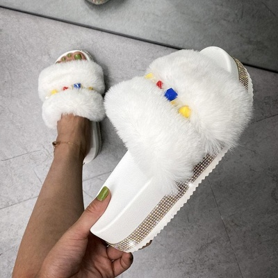 Colorblock Beaded Fluffy Slippers_1