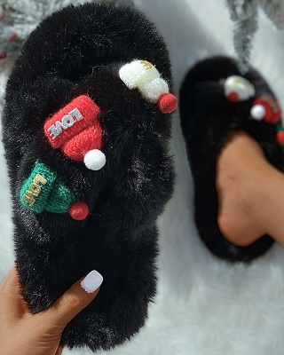 Christmas Pattern Cross Fluffy Slippers_5