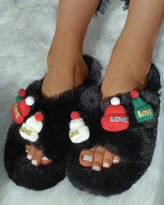 Christmas Pattern Cross Fluffy Slippers_3