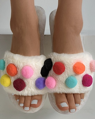 Pom Pom Colorblock Fluffy Slippers_9