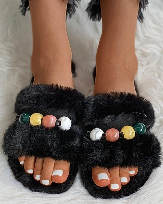 Colorblock Beaded Fluffy Slippers_12