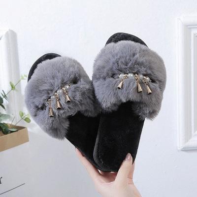 Beaded Metal Tassel Fluffy Slippers_5