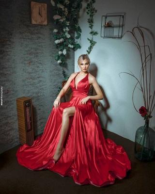 Sexy Halter Sleeveless Silk-like Satin Ruffles Prom Dress with Slit_3