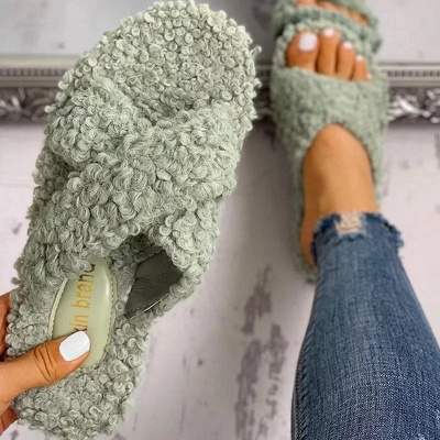 Solid Fluffy Crisscross Design Flat Sandals_5