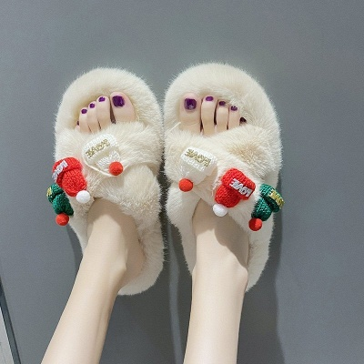 Christmas Pattern Cross Fluffy Slippers_10