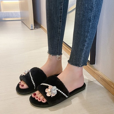 Floral Pattern Beaded Fluffy Slippers_6