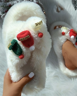 Christmas Pattern Cross Fluffy Slippers_16