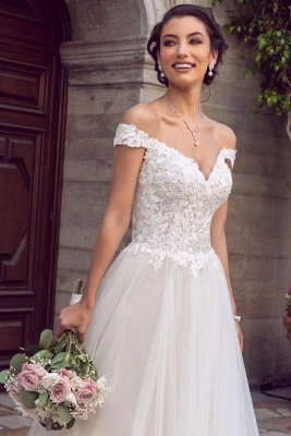 Sexy Floor Length Off the Shoulder White Lace Tulle Wedding Gowns_1