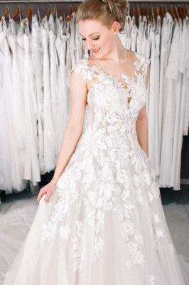 Cheap A Line Lace V Neck Sleevelss Wedding Gowns_1